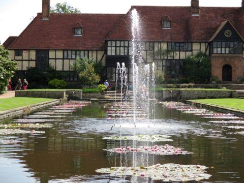 English Garden Tour Including The Hampton Court Flower Show